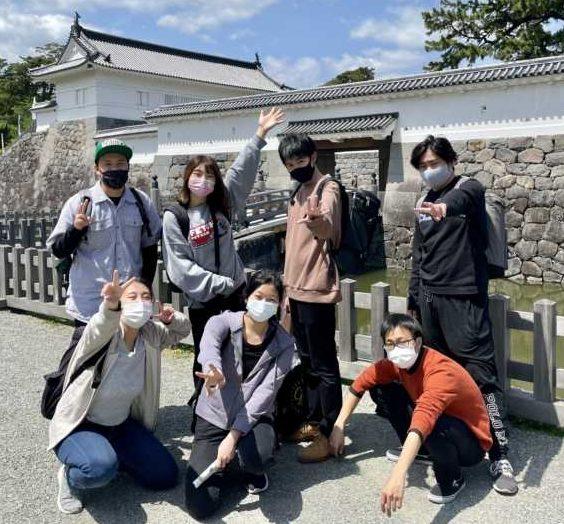 小田原城へ、いざ出陣! 〜遠方ポスター貼り遠足〜